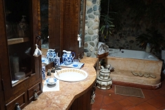 bathroom, oldfashioned