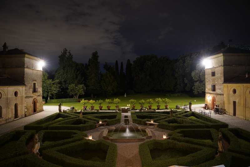 the garden at night, from the terrace