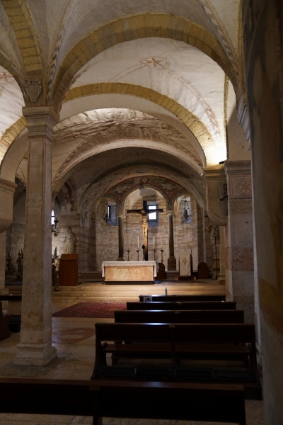San Fermo, altar at the lower church