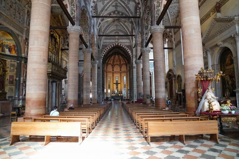 Saint Anastasia church ( built 1290-1481 )